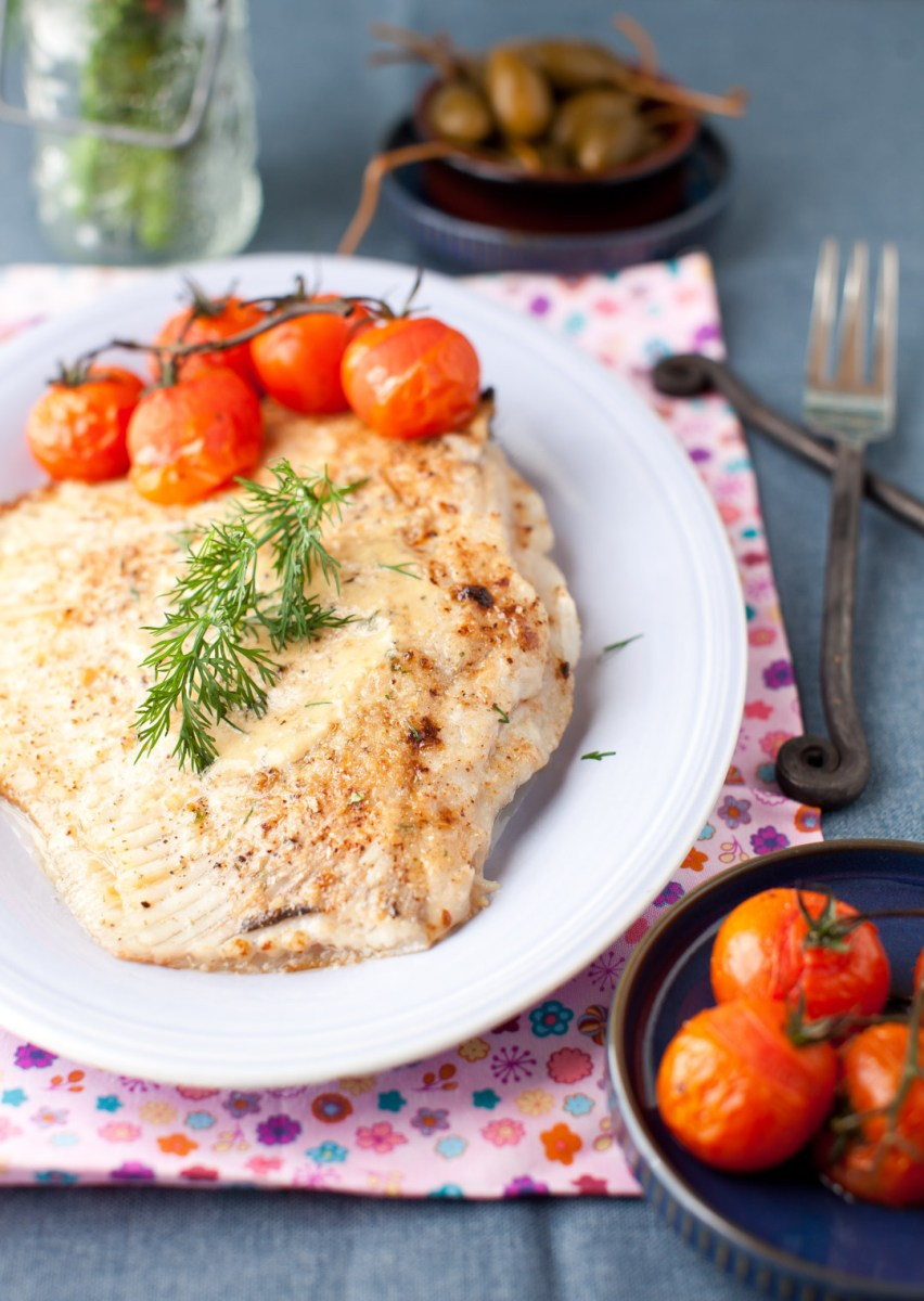Baked Skate with Lightly Roasted Tomatoes